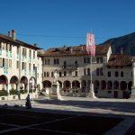 La piazza principale di Feltre